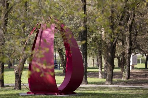 Museu_Internacional_de_Escultura_Contempor_nea_ao_ar_livre